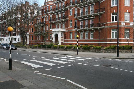 1200px-Abbey_Road_Zebra